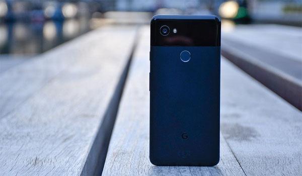 Google Pixel 3 XL phiên bản màu đen lộ ảnh ngoài đời thực